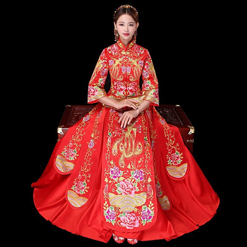 2019 New Gold Embroidery Phoenix Red dress Chinese Traditional Wedding Gown Bride Cheongsam Qipao Vestido Oriental Style Dresses
