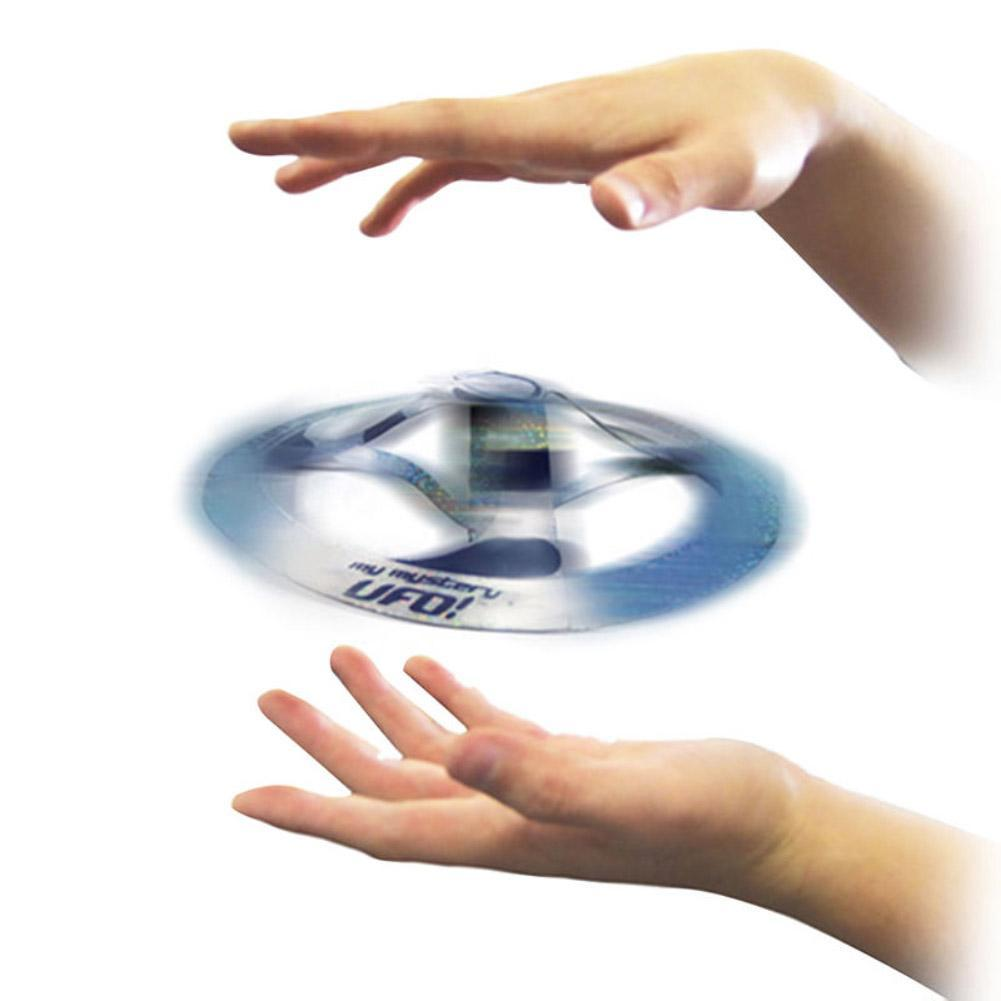 Flying Magic Trick Disk Mid Air UFO Floating Fly UFO Saucer Magic Tricks Toy Mystery Trick Props Show Tool Magic Toy For Kids