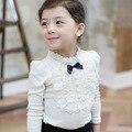 Девушка футболки весна Осень нижнее белье 100% хлопок футболки дети девочка Водолазка с длинным рукавом кружева жемчужина свитер дна рубашки
