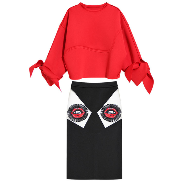 [TWOTWINSTYLE] 2017 new women suits long sleeve butterfly knot top + fringed mouth embroidery skirt female fashion