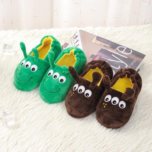 Lindo Animal de la Historieta Niños Zapatillas de Casa Zapatos de Los Niños Para Niños Niñas Dormitorio Interior Bebé Caliente Del Algodón Del Invierno Zapatilla de Felpa 2016