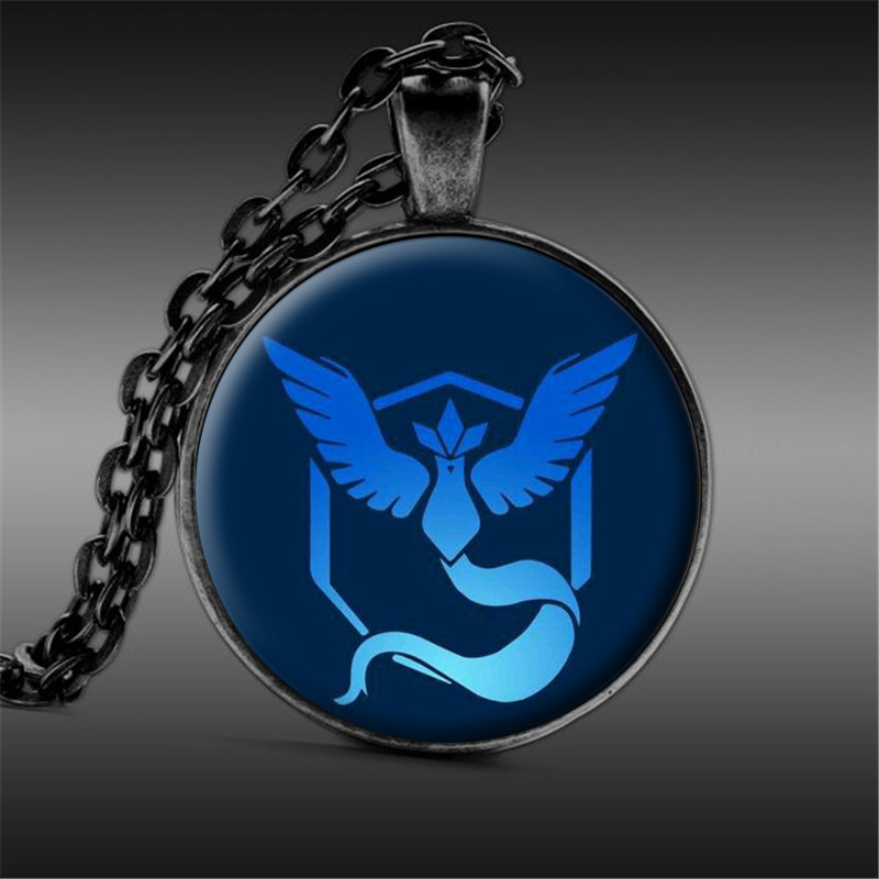 New Fashion Pokemon Go Necklace Game Anime Jewelry Team Valor Mystic Instinct Logo Pendant Long Chain for Women and Men Fans