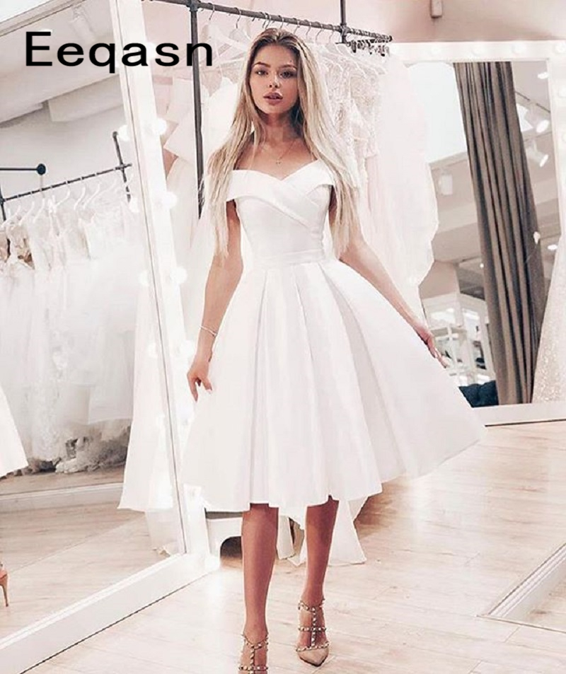 2020 White A-line Short Cocktail Dresses Off The Shoulder V Neck Satin Girls Homecoming Knee Length Prom Dress Party Gowns