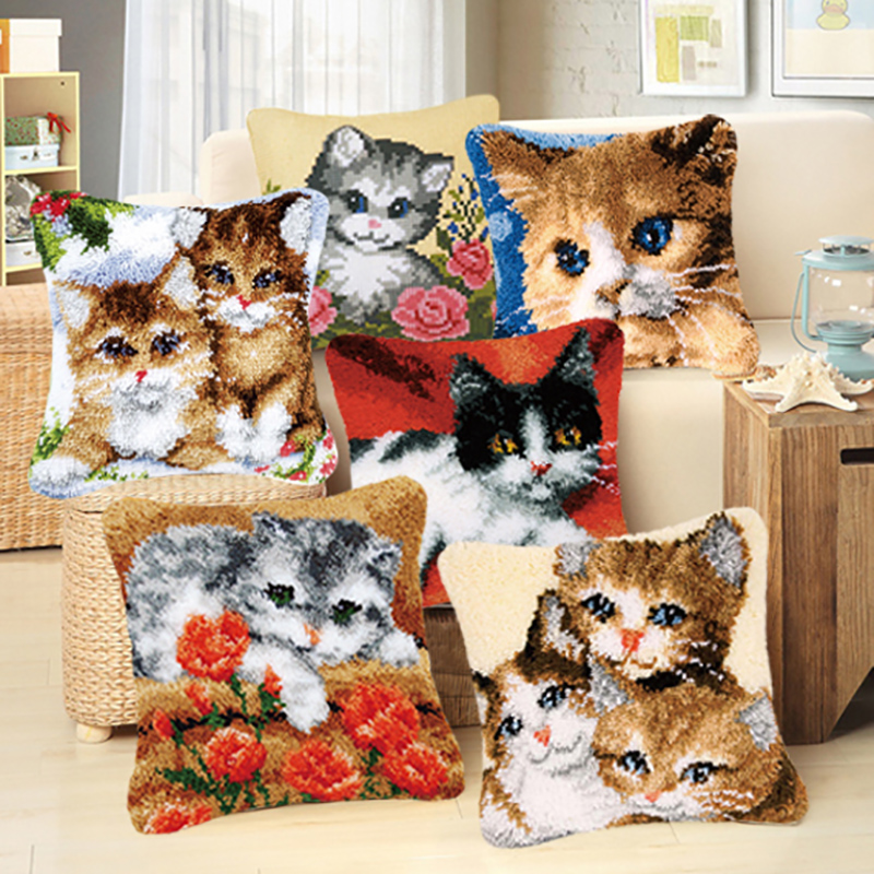 DIY Embroidered Coarse Wool Pillow Hand Knitted Cross Stitch Section Embroidery Carpet Material Animal Cat Unfinished Pillow DIY Embroidered Coarse Wool Pillow Hand Knitted Cross Stitch Section Embroidery Carpet Material Animal Cat Unfinished Pillow