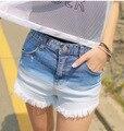Original único nuevo mediados de cintura del color gradiente bordes raídos pantalones cortos de mezclilla mujeres moda de verano
