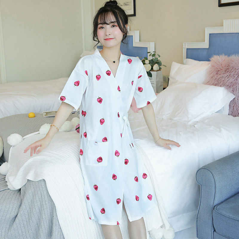 레이스 업 nightdress 여성 한국어 달콤한 여름 목욕 가운 카디건 유카타 여성 잠옷 복장 대형 인쇄 수면 탑 f633