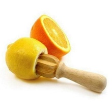 1 pcs High quality Wooden Lemon Squeezer Mini Juicer Fruit Orange Citrus Juice Extractor Reamer New