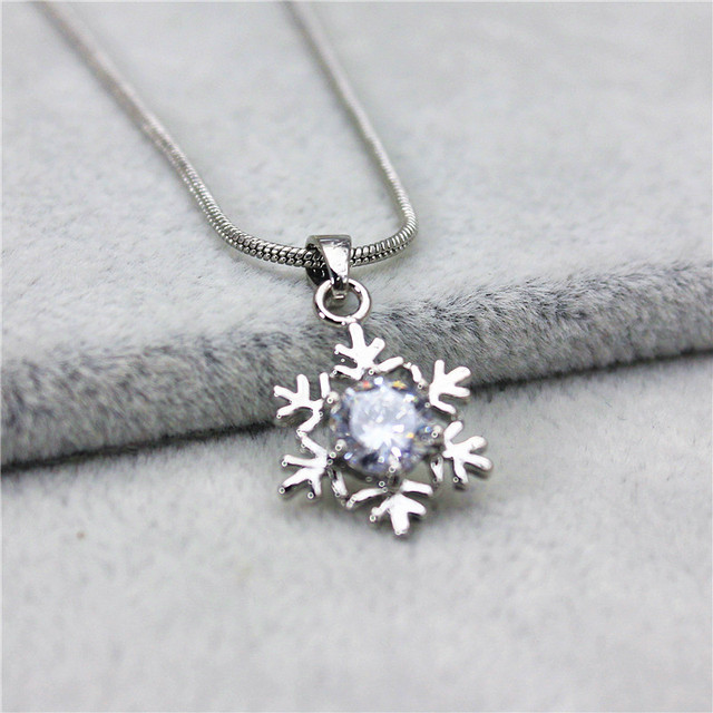 2016 new fashion brand jewelry silver plated Necklace&Pendants crystal snowflake necklace for women Christmas gift