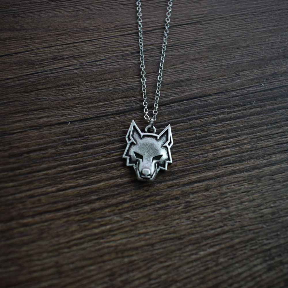Simple Wolf Symbol Necklace Jewelry Pendant Lover Women Unisex Necklaces Jewelry Gift For Her