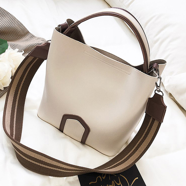 Luxury Brand Designer Messenger Bags Women 2017 Wide Strap PU Leather  Handbag Ladies Fashion Shoulder Bags a18b705419a2d
