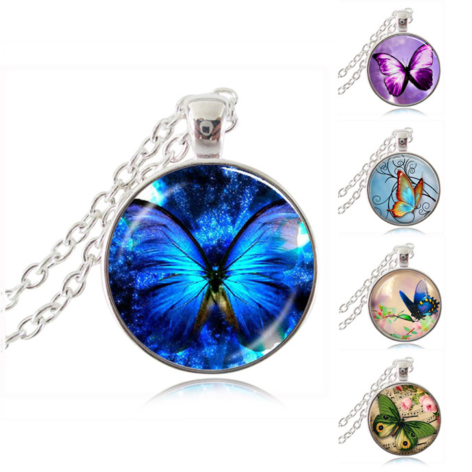 Glowing Butterfly Pendant Necklace Handmade DIY Animal Jewlery Glass Dome Pendant Silver Chain Neckless Women Men Jewellery Gift