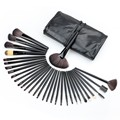 32 unids Suave Profesional de Cejas Sombra de Ojos Maquillaje sistema de Cepillo Cosmético Case Kit