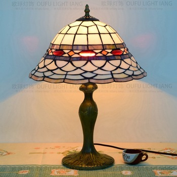 34 سنتيمتر مصباح طاولة تيفاني البلد نمط الزجاج الملون مصباح لغرفة النوم أباجورة E27 110-240 فولت