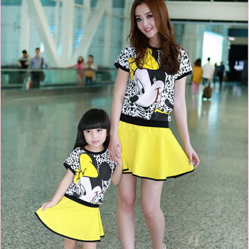 Vestidos de minnie para mama e hija