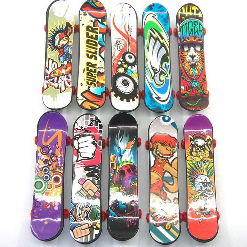 Fashion Cute Party Favor Kids Children Mini Finger Board Fingerboard Alloy Skate Boarding Toys Gift