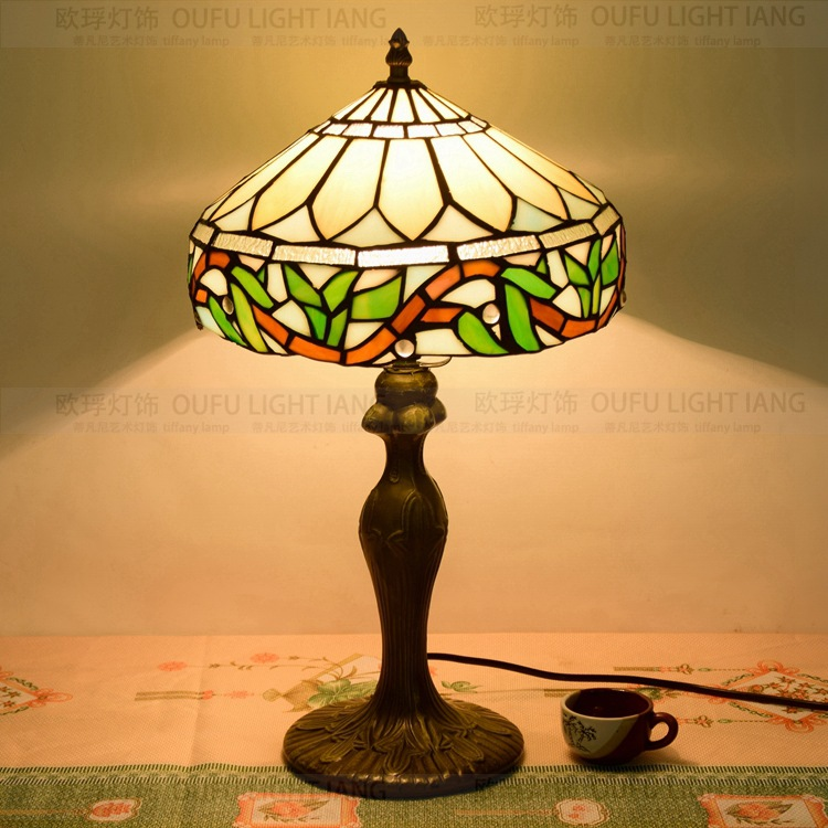 27CM Flesh Country Flowers Tiffany Table Lamp Country Style Stained Glass Lamp for Bedroom Bedside Lamp E27 110 240V