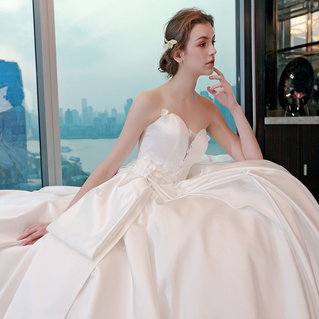 Elegant Princess Cut Wedding Gown Real Pictures Customized Plus Size