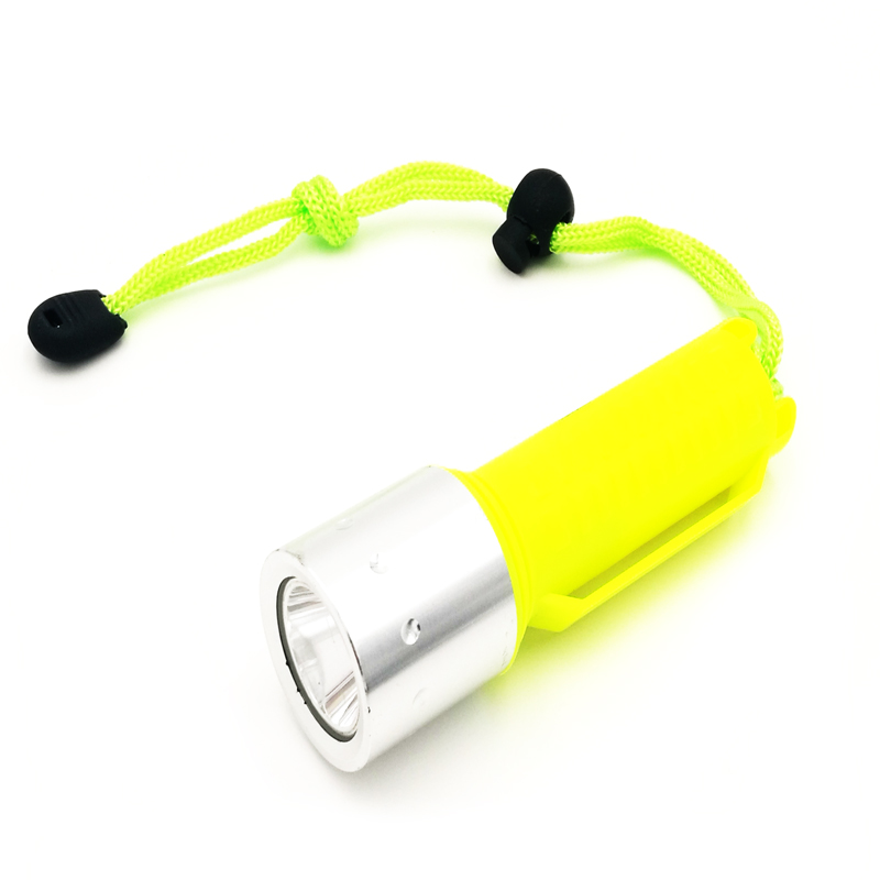 Hot Sale Professional Diving Flashlight underwater Torch CREE XM-L T6 2200LM Waterproof LED light lamp by 18650 Battery