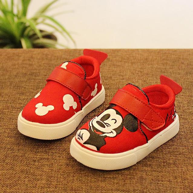 Lindo estilo de dibujos animados lindo del niño del bebé de mickey mouse zapatos de lona de 3-18 M bebé recién nacido infantil primero zapatos del caminante caliente