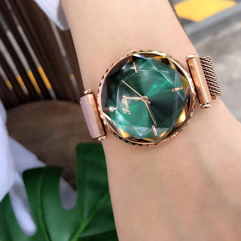 Hot New Fashion Magnetic Clasp Ladies Watch Women Top Brand Luxury 2018 Women Watches Quartz Starry Sky Wrist Watches For Women