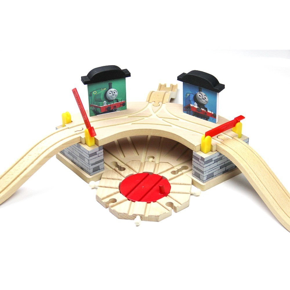 Kids Christmas New Year gift Educational DIY wooden track toys and Friends railway train parking Kids toy model giocattoli