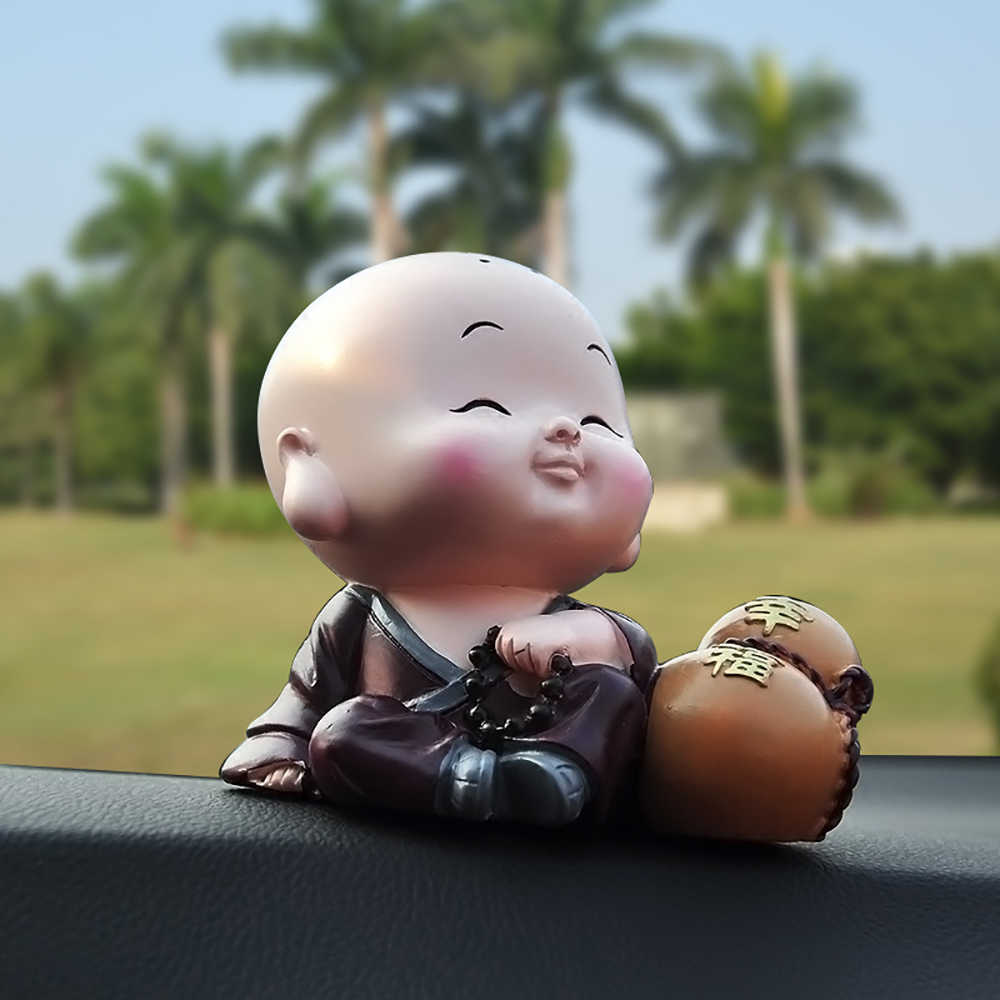 Car Ornaments Resin Cute Little Monk Figurine Doll Automobiles Interior Decoration Display Home Decor Furnishings Accessories
