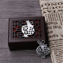 WKOUD 4pcs Antique Silver Planar Pomegranate Alloy Pendants For Necklace Key Chain DIY  retro style Jewelry charms Handmade A898