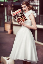 vestidos de baile 2014 nova chegada sweetheart um ombro a- linha branca chiffon party dress kl-01 vestidos de dama de honra лепестки переключения передач mobis 96770j5000 96780j5000 для kia stinger 2018