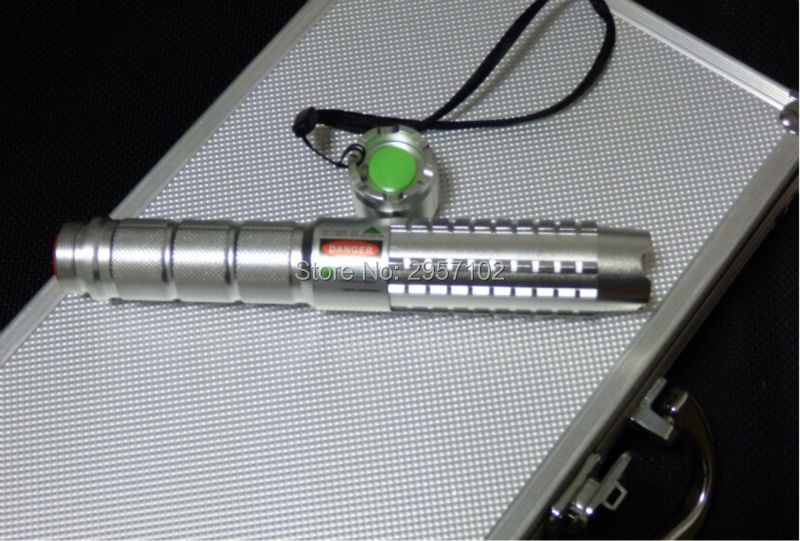 NEW Green Laser Pointer 500000mw 500w High Power Military 532nm Flashlight Burning Match,Burn Cigarettes+5 Caps+Glasses+Gift Box strong power military green laser pointer 100000mw 532nm flashlight lazer burning match burn cigarettes 5 caps charger gift 100w