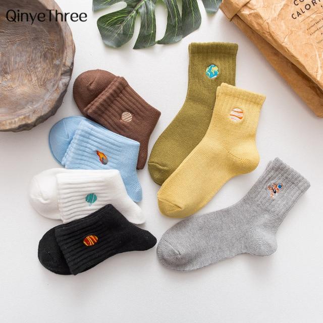 New autumn winter women socks Japanese cartoon embroidery planet astronaut rocket space patterned cotton unisex socks couple sox