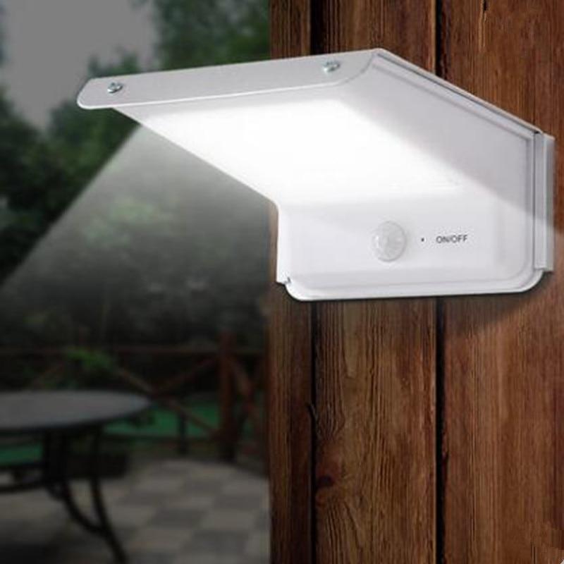 Forró eladás 20 LED-es napelemes tápegység Fali lámpa Kültéri kerti lámpa infravörös mozgásérzékelő vezérlés LED-es világítás Napelemek
