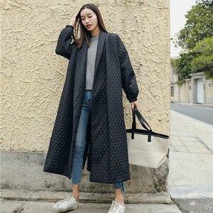 Image 1 - LANMREM 뉴 스트리트 씬 스타일 블랙 오버 사이즈 옷깃 백 벤트 버튼 2020 여성용 롱 코튼 코트 Jaqueta Feminina WTH1201