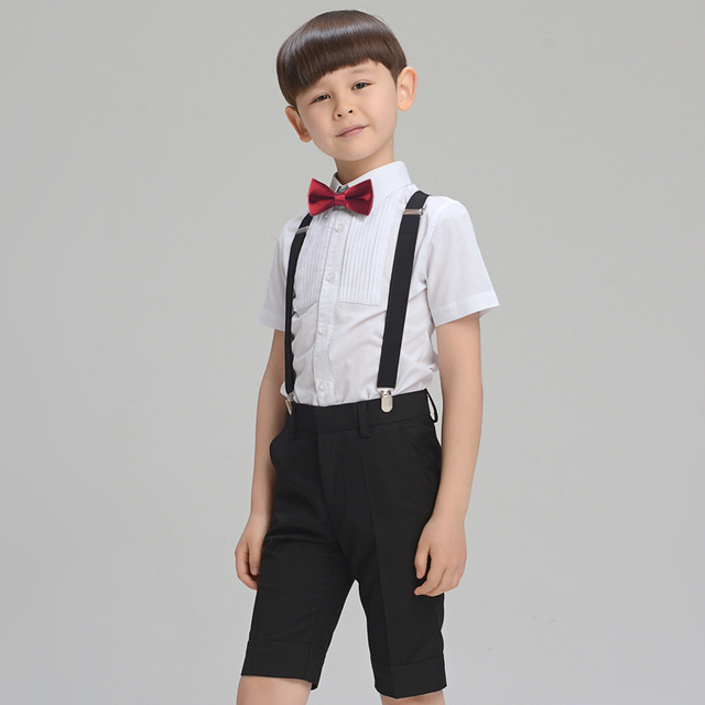 The latest baby boy clothes updated weekly at ZARA online. Receive your order with FREE SHIPPING to try on at home.