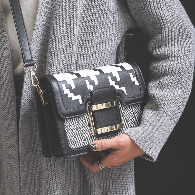 Handbags Fall Winter New Pixel Small Square Package European And American Fashion Hit Color Buckle Shoulder Messenger Bag