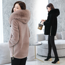 New Women Fur Coat Winter 2018 Autumn Fashion Wool Blends Jacket Faux Fur Hooded Collar Thicken Warm Chenille Outerwear Female