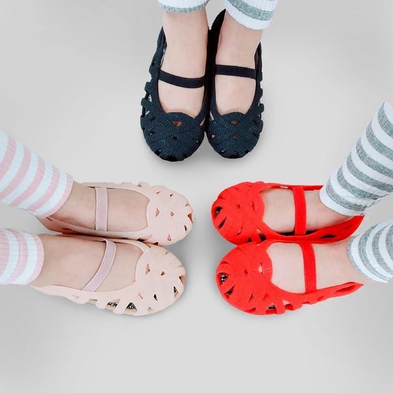 Mini Melissa  Girls Sandals 2018Jelly Shoes Waterproof Sandals Girls Roman Sandals Breathable Beach Shoes Princess Shoes