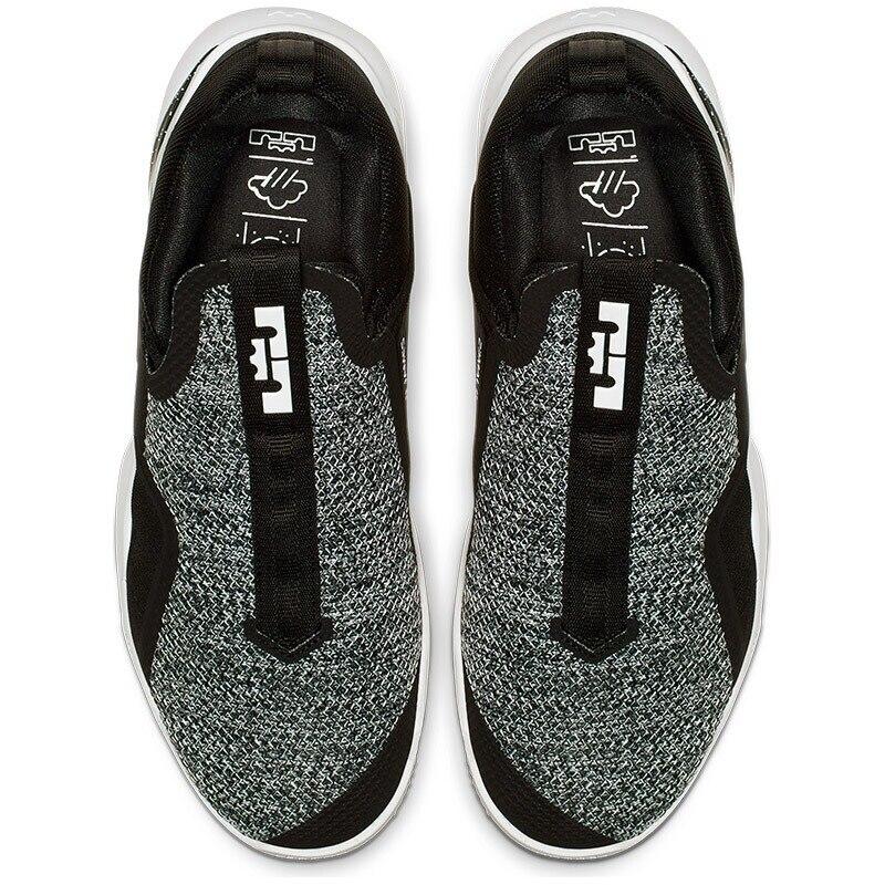 Nike XI Gris