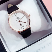 2019 New Powder Female Student Korean Version of The Simple Trend Small Fresh Wild Alloy Quartz Ladies Watch Pin Buckle watch girl student korean version of the simple retro small small disc female table small round black with black face