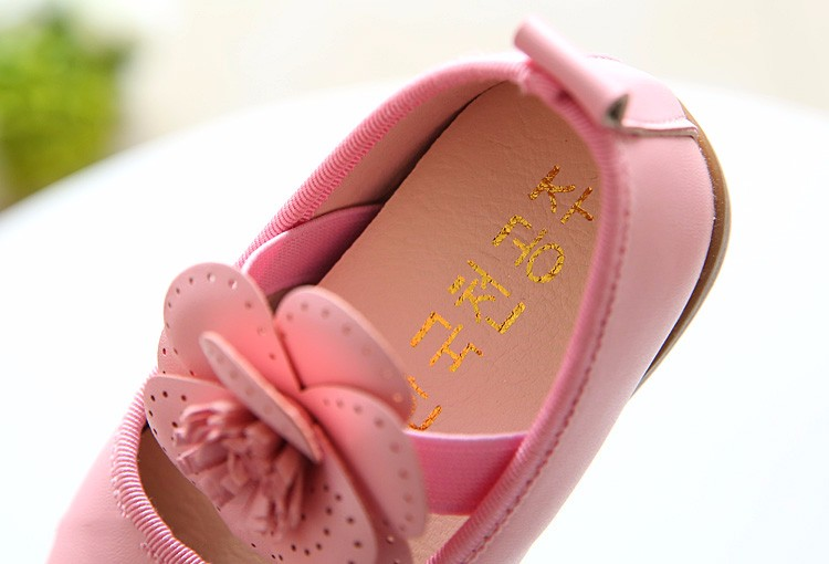 Girls shoes  9