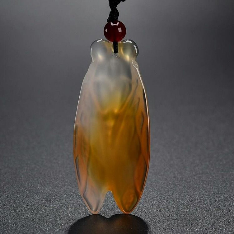Drop Shipping Natural Chalcedony Cicada Pendant Necklace Lucky Amulet Lovers Jade Necklace For Men Women in Pendants from Jewelry Accessories