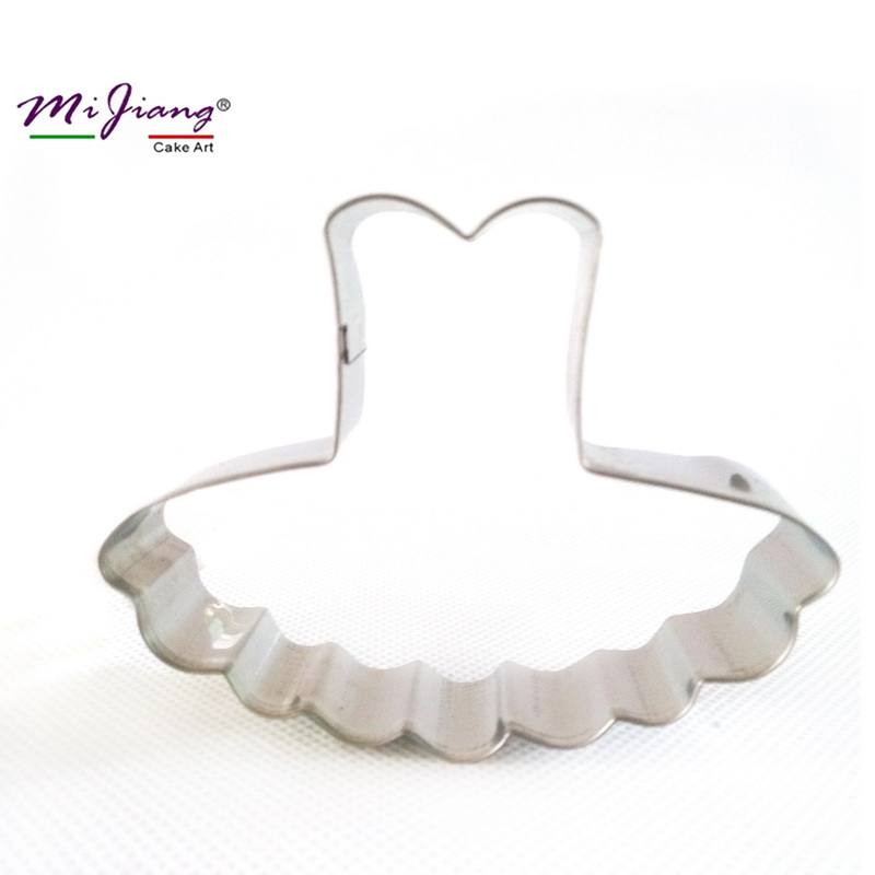 2016 Metalet Pretto Petticoat Dress Up Cookie Cutter Fondant Biscuit Moulds CooKing Tools Cake Steel Stainless Vegla Ujdisje S7005
