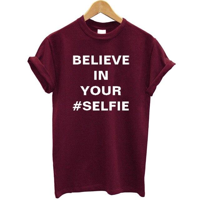 信じあなた Selfie レタープリント女性 Tシャツコットン半袖 Tシャツファムヒップスター Tシャツの女性のストリート夏トップ