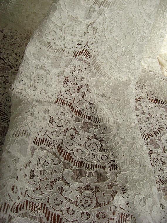ziloņkaula alencon mežģīņu audums ar retro ziedu, auklas kāzu - Māksla, amatniecība un šūšana