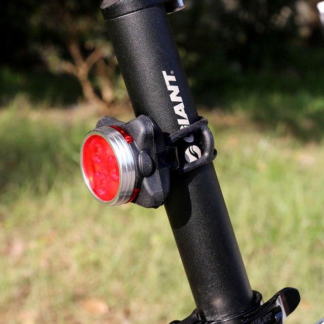 aa662170bea58 USB recargable Para Bicicleta Luz Trasera Luz Trasera MTB Equitación  Ciclismo 3 LED Trasero Asiento Luz