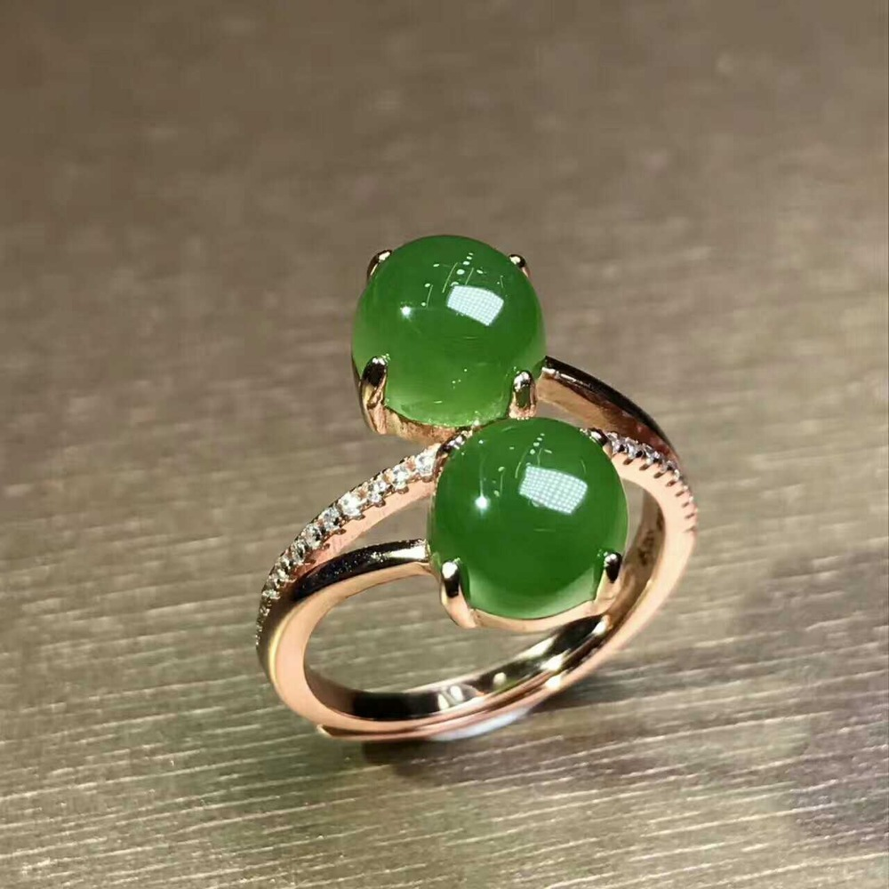 Pure natural green yu inlays rich rings, fresh and fashionable rings/
