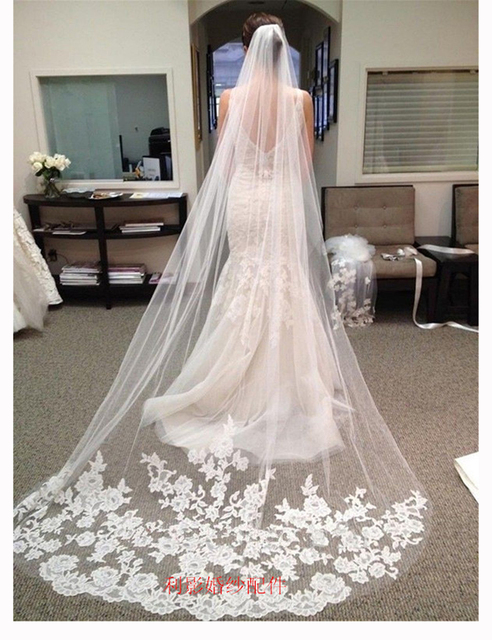 2016 New Arrival Wholesale Price 3 Meters Long Wedding Veils with Comb for Bride Cheap Cathedral Veils