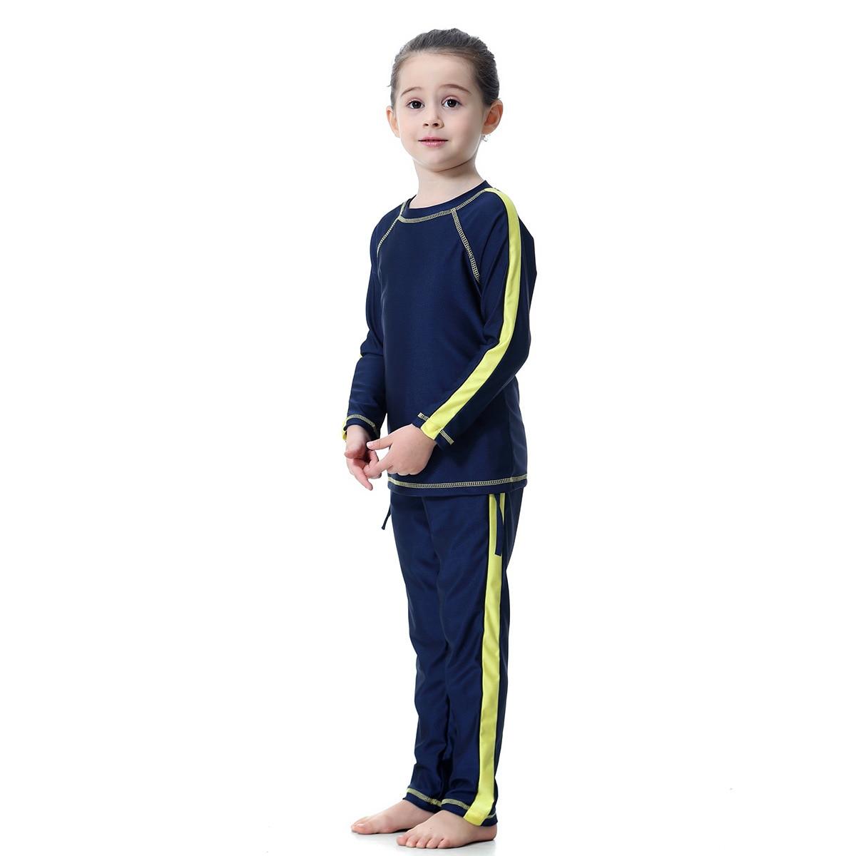 Image 3 - Мусульманский купальник для девочек; два предмета; Детские  купальники с длинными рукавами; консервативный купальник; детская  спортивная одежда в арабском стилеМусульманский купальник   -