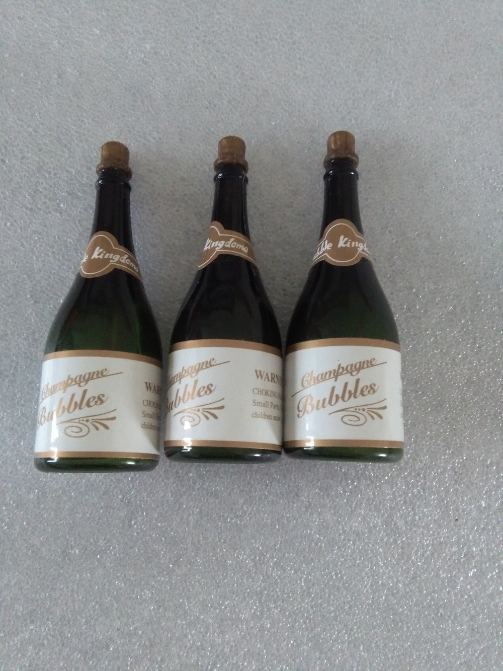 DHL 120Pcs Mini Champagne Empty Bubbles Bottle Wedding Party Favors Reception In Underwear From