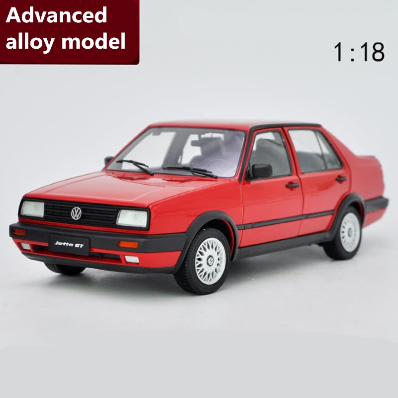 цена Classic Volkswagen Jetta,Original Advanced collection model1:18 alloy car toy,diecast metal model vehicle,free shipping
