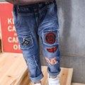 2017 детей ребенок новый Корейский мальчик PM письмо отверстие прилива небольшой Тонг вышивка патч джинсы штаны